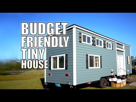 Budget Friendly Tiny House - Fireplace, Big Couch & 2 Lofts   THOW Living