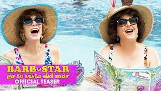 Zien: trailer bizarre komedie Barb & Star Go To Vista Del Mar met Fifty Shades-ster Jamie Dornan