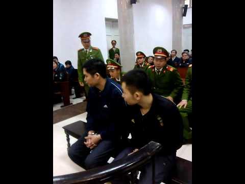 Ngày thứ hai xét xử vụ thẩm mĩ viện Cát Tường (5.12.2014)