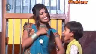 Bhauji Ho Aava Laga Di Choli Ke Tohar Hook | Hot Bhojpuri Song | Avinash Kumar