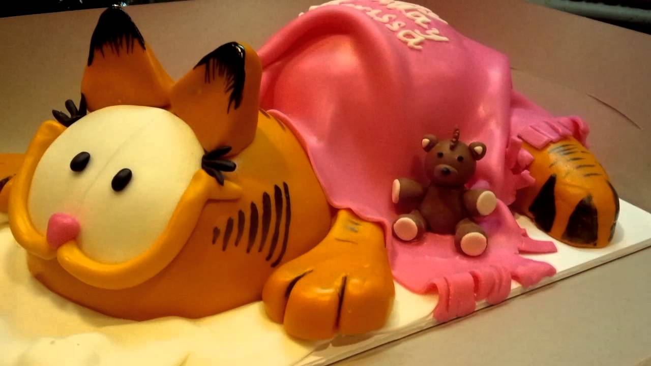How To Make A Garfield Cat Cake Youtube