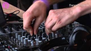 Michael Jackson - Billie Jean (Bushwacka! Remix) [played by Joris Voorn]