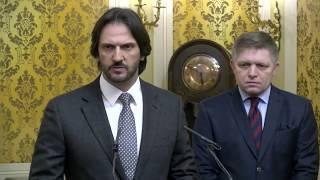 Naživo: Fico, Kaliňák a Gašpar k aktuálnym informáciám o vražde novinára