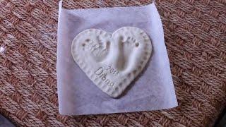 Поделки из соленого теста  Отпечаток руки и ноги ребенка  Видео Часть 1 Как сделать соленое тесто