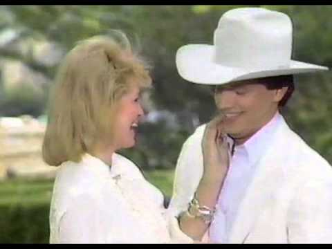 Bob Pickett - Wow ! A George Strait Christmas Video