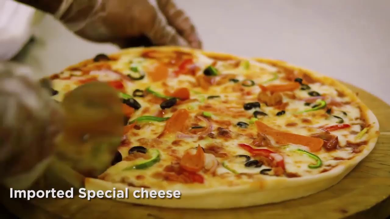Buy one get one pizza free offer @Hook & Cook - YouTube