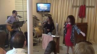 Alabanzas y Adoración en Dorado junio 25 -17  ---  Dirigiendo los jóvenes
