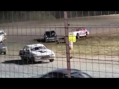 Stock car feature Salina Speedway 9.27
