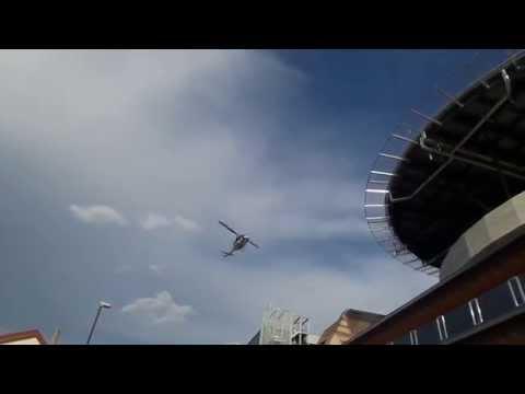 Helikopter na poti v UKC