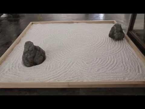 石庭ラジコンを作ってみた -Stone Garden Drawer-