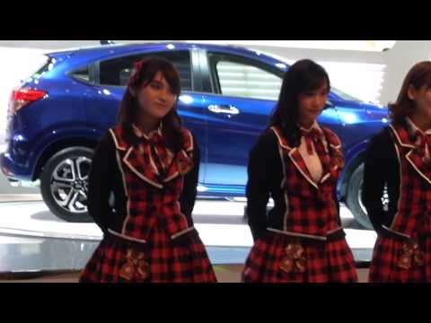 [Fancam - Nabilah] JKT48 - Dareka no Tameni @ IIMS 2014 (14/09/27)