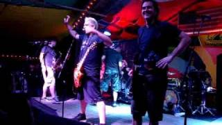 Less Than Jake - Help Save The Youth of America from Exploding (live in Sebastian, FL)