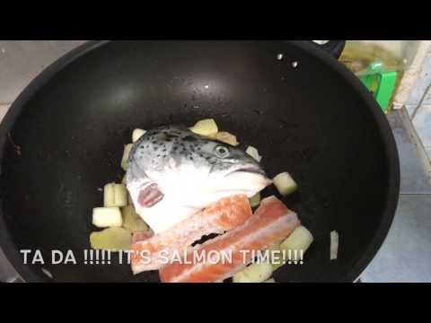 Tomato Salmon Fish Head Soup