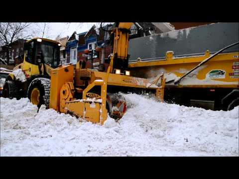 FEEL THE POWER - REMOVING SNOW IN MONTREAL