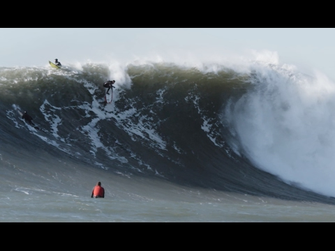 This Might Be the Prettiest Footage of Surfing Giant Maverick
