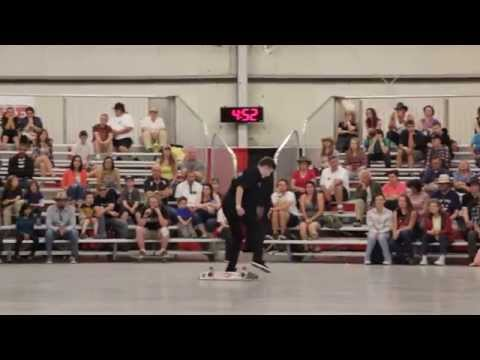 2014 World Skateboarding Championship Freestyle (4620)