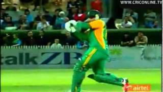 Richard Levi Fastest T20 Century for South Africa vs New Zealand -- Cricket Online TV.mp4