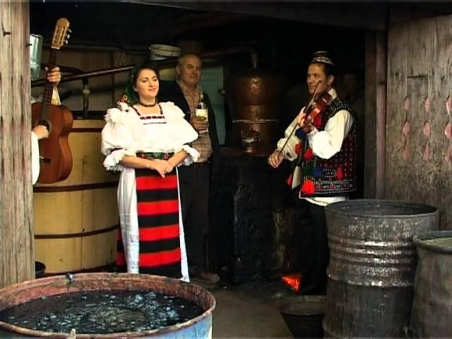 ancuta-anghel-la-moara-la-niculai-petrecere-la-moroseni-3-musicmondoromania