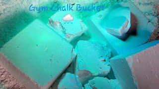 [Asmr] Crumbling Gym Chalk into my Gym chalk bucket! 💨🦢🍚🥛!