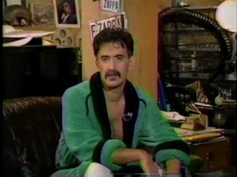1989 Zappa talks about the Synclavier (At Home with Frank Zappa)