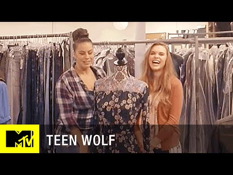 Teen Wolf Season 6  'In the Closet w Holland Roden' 360 Video  MTV