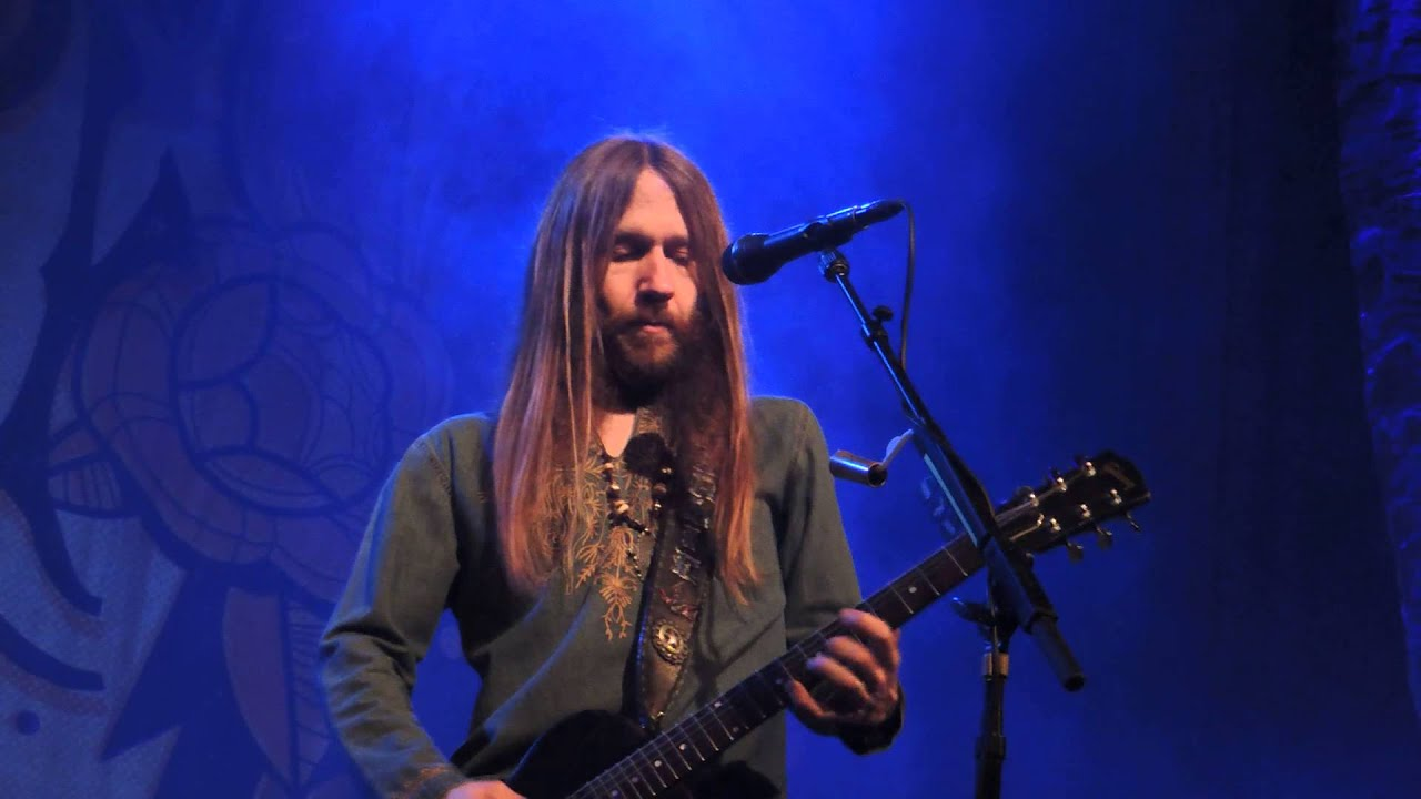 blackberry smoke one horse town youtube. Black Bedroom Furniture Sets. Home Design Ideas