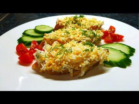 Праздничные бутерброды с тёртым яйцом и чесноком. Пошаговый рецепт.