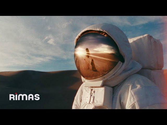 Una Vez - Bad Bunny x Mora (Video Oficial)