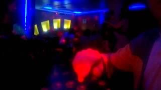 В Братске пьяные девушки танцуют ТАК!