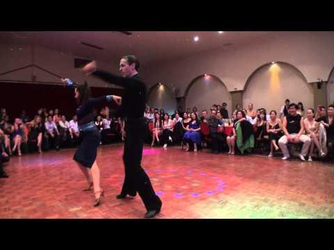 Điệu nhãy Samba do đôi vũ sư Paul & Cheryl biểu diển tại Oriana Reception tối Sunday 31.03.2013