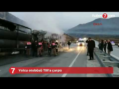 Çorum Osmancık'ta Feci Kaza ..! Yolcu Otobüsü Tıra Çarptı ..