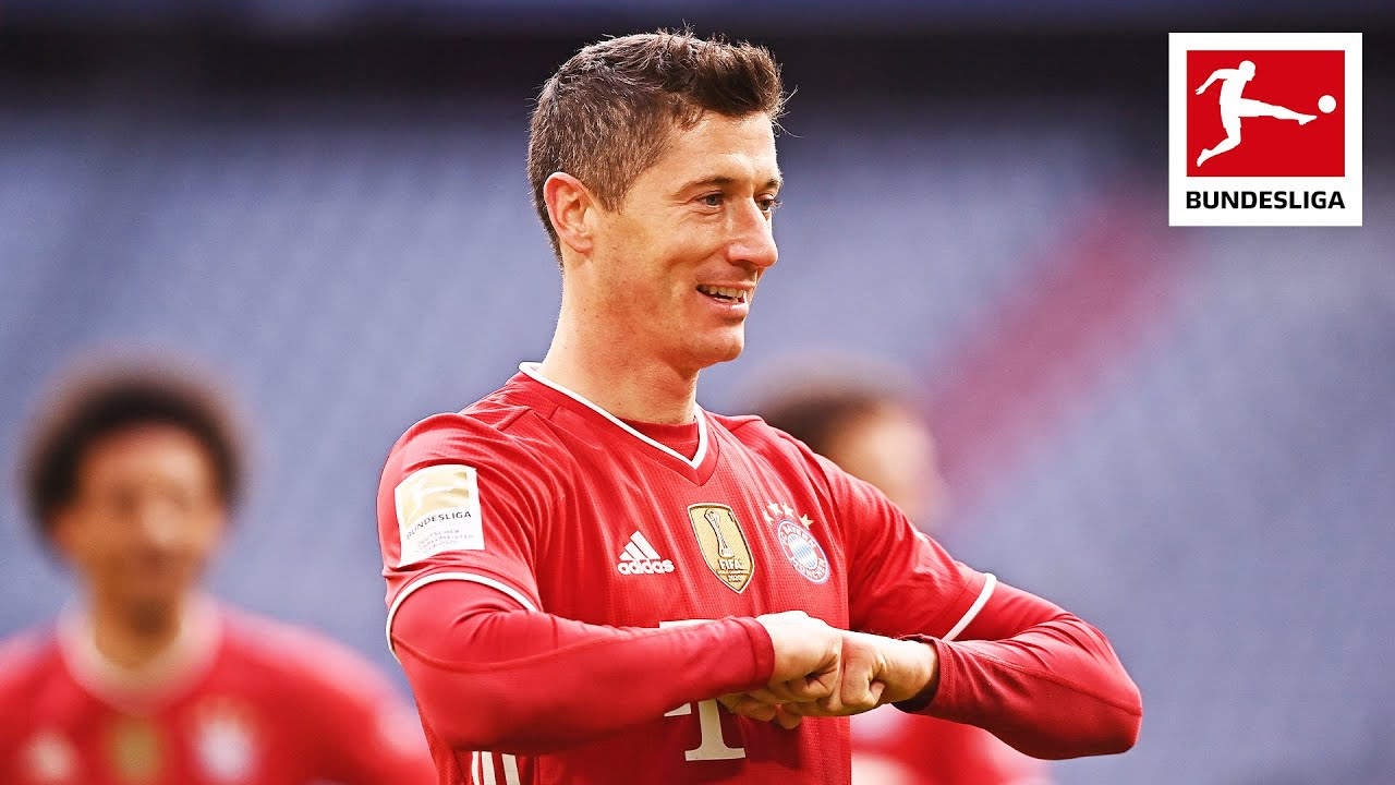 Lewandowski scores a Hattrick to become 2nd highest All-Time Scorer!