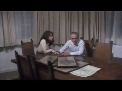 "Jasmine Laurenti doppia Fernanda Torres in ""Un Uomo In Guerra"""