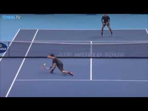 Federer Waits Out Nishikori