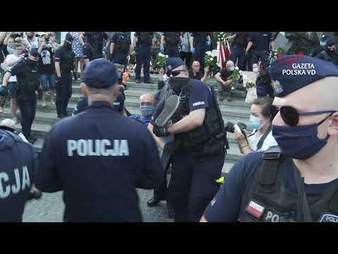 Obłęd - ObywateleRP przed godz 17:00 zablokowali Pomnik Powstania Warszawskiego