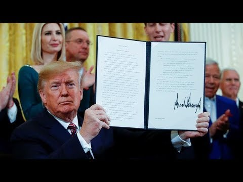 Trump Signs Sneaky Anti-BDS Executive Order, Cracking Down On Free Speech