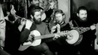 Watch Dubliners The Old Orange Flute video