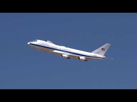 E-4B NAOC National Airborne Operations Center flyby California Capital Airshow 2017