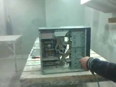 Чистка компа от пыли в цеху