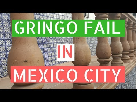 Gringo Fail in Mexico City (Palacio de Bellas Artes Light Show) // Gringos in Mexico City Vlog