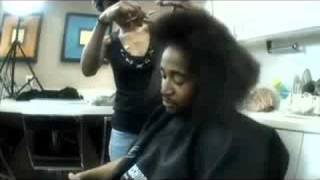 Omarion Kuts His Hair!!!