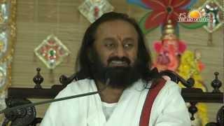 Sri Sri Ravi Shankar Speaks about Ganeshotsav (Ganesh Festival) (A talk in Hindi)