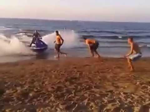 CHOC: Accident avec un Jet ski sur la plage | Algérie