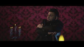 Смотреть клип Costel Biju - Strainul Nu Este Frate