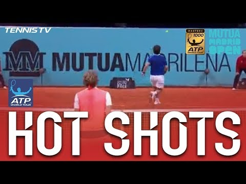Hot Shot: Cuevas Hits Sensational No Look Winner At Madrid 2017