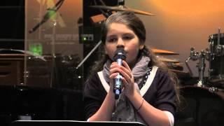Дина кочанджи поёт в живую научи меня фото 115-727