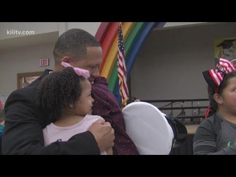 U.S. Navy father surprised children at Orange Grove Primary School