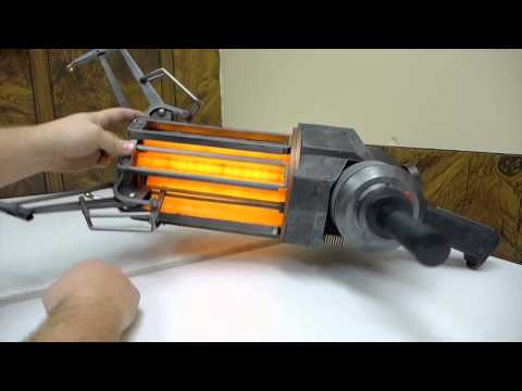 NECA Gravity Gun Replica Review (Half-Life 2 Zero-Point Energy Field Manipulator)