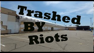 Exploring A Trashed and Abandoned Strip Mall In Post Riot Minneapolis  MN