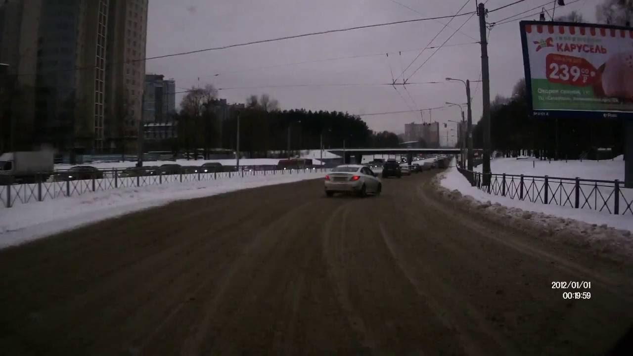 ДТП. 14:41 пр.Испытателей после Светлановской пл. Car in the skid. crash